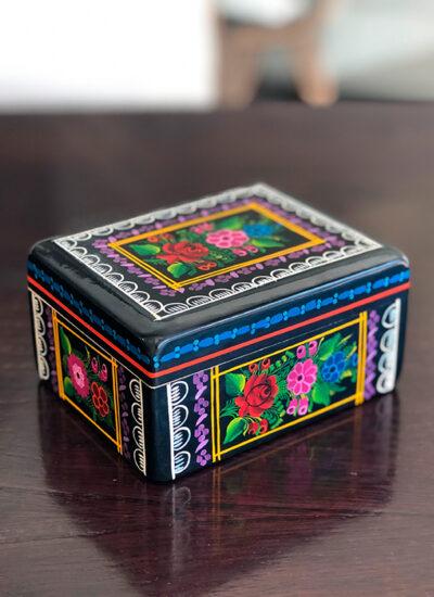 tekiti_experiencias_mexicanas_artesanias_mexico_cajas_olinala_03